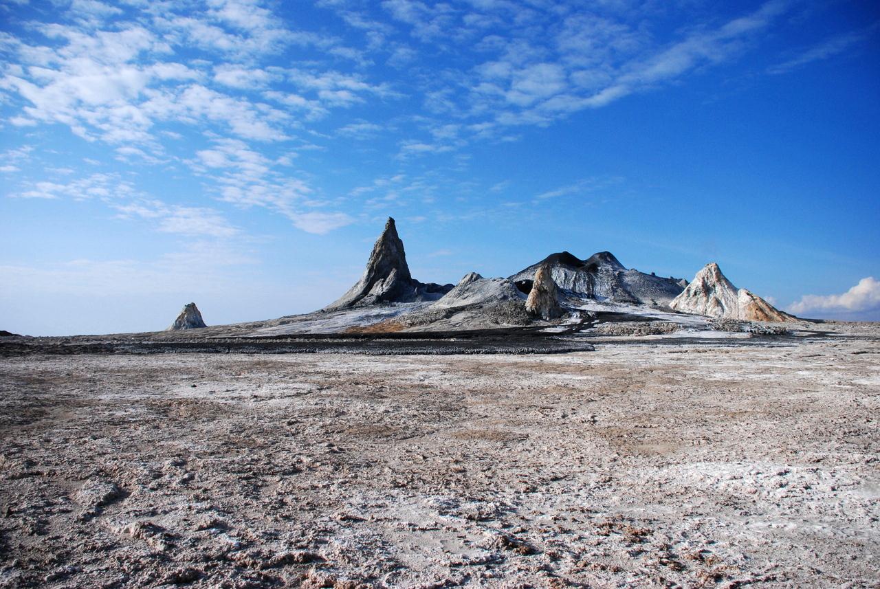 Ol_Doinyo_Lengai_Crater-tanzania